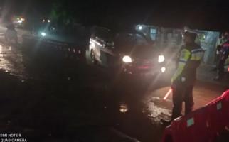 Ratusan Kendaraan Masuk Perbatasan Banten dan Jabar Dipaksa Putar Balik - JPNN.com