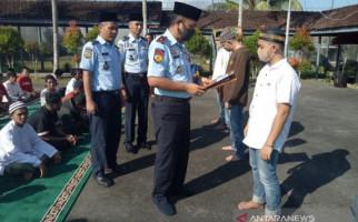 Hamdalah, 719 Napi Lapas Madiun Dapat Remisi Lebaran - JPNN.com