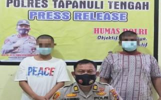 Pintu Kamar Hotel Digedor Polisi, Dua Pemuda Ini Hanya Bisa Pasrah Digelandang - JPNN.com