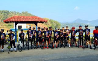 Merayakan Bulan Bung Karno, Pramono dan Hasto Bersepeda Menikmati Keindahan Yogyakarta - JPNN.com