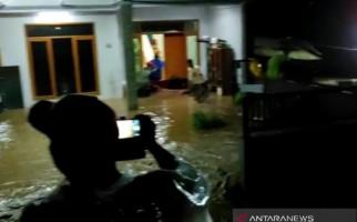 Solokan Jeruk Bandung Kembali Dilanda Banjir Bandang - JPNN.com