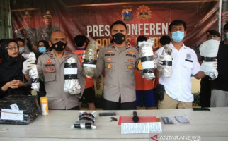 Memiliki Penghasilan Belasan Juta Rupiah, 2 Mahasiswa Digarap Polisi, Astaga! - JPNN.com