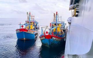 Mencuri Ikan di Perairan Riau, Kapal Nelayan Berbendera Malaysia Ditangkap - JPNN.com