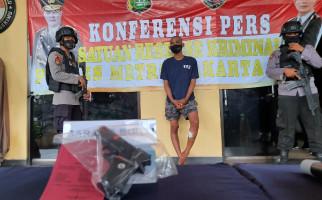 Pencuri di Jatinegara Menembak Korban Sebanyak 5 Kali, Tak Berkutik Saat Diringkus Polisi - JPNN.com
