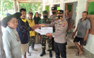 Keren, Serdadu Piaman Laweh di Jabodetabek Serahkan Donasi Untuk Perbaikan Surau - JPNN.com
