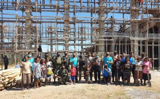 Patut Dicontoh, Satgas Pamrahwan Yonif 751/VJS dan Warga Yalimo Papua Kompak Lakukan Ini - JPNN.com