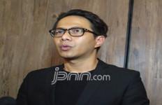 Delon Akui Sudah Lama Hobi Berjudi - JPNN.com