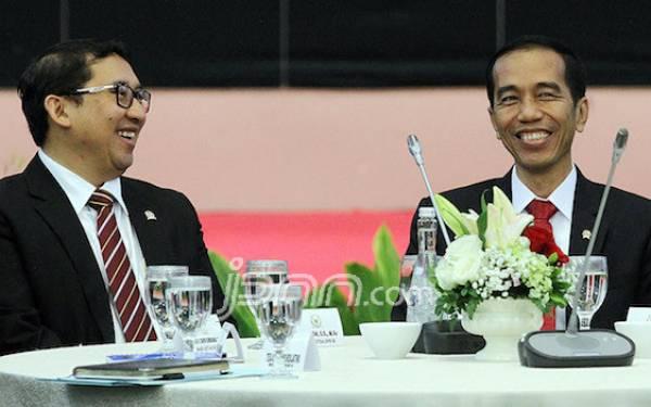 Reaksi Fadli Zon soal Namanya Jadi Penerima Bintang Jasa dari Presiden Jokowi - JPNN.com