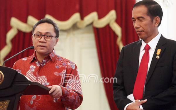 Zulkifli Merasa Kasihan ke Jokowi soal Isu TKA Tiongkok - JPNN.com