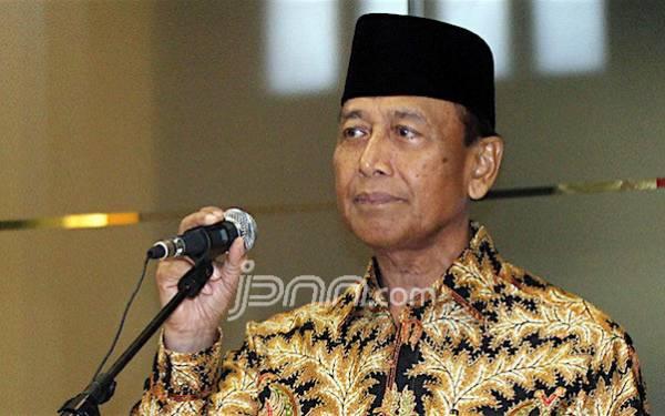 Pemuka Agama Terus Jadi Sasaran, Wiranto: Kebetulan? - JPNN.com
