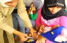 Bayi 6 Bulan Meninggal Usai Imunisasi, Bidan Desa Kaget - JPNN.com