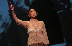 Olivia Zalianty Grogi Banget nih - JPNN.com