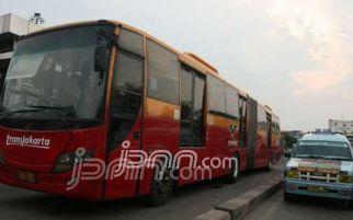 Warga Jakarta Sudah Bisa Manfaatkan Transjakarta dan Amari
