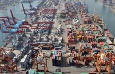 Kemenhub tak Tinggalkan Pelabuhan Kuala Tanjung - JPNN.com