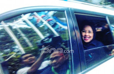 Mpok Sylvi Pergi Temui Mas AHY di Rumah Pak SBY - JPNN.com