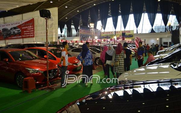 Adira Gelar Belanja Online dan Offline Mobil Bekas Murah - JPNN.com