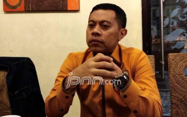Andi Arief Tuding Max Sopacua Sediakan Kursi Ketum Demokrat ke Sandiaga, Tridianto: Itu Analisis Ngawur - JPNN.com