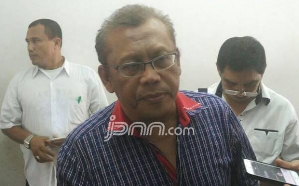 Wanita Bernama Dewi Tanjung Ikut Melaporkan Eggi Sudjana karena Berkoar People Power - JPNN.com
