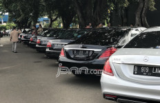 Gilbert Minta Optimalkan Transportasi Publik Ketimbang Menaikkan Tarif Parkir - JPNN.com