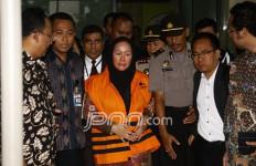 Rano Karno Kalah, Atut Berterima Kasih ke Warga Banten - JPNN.com
