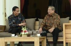 Gibran Ikut Pilkada, SBY Terbukti Lebih Baik Ketimbang Jokowi soal Jauhi Politik Dinasti - JPNN.com