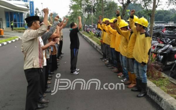 96 Tim Pasukan Kuning Sisir Jalan Rusak Jakarta - JPNN.com