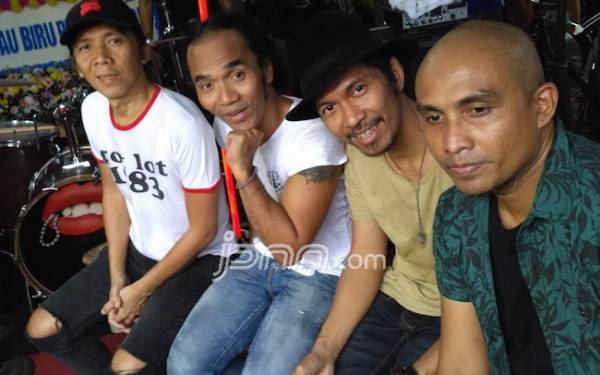 Slank Luncurkan Video Klip Bareng Jokowi - JPNN.com