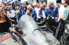 Peluncuran Mobil Bikinan Mahasiswa ITS Pukau Warga - JPNN.com