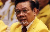 Agung Laksono Peringatkan Elite Partai Lain: Jangan Ikut Campur Urusan Golkar! - JPNN.com