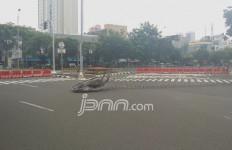 Kawat Berduri Menutup Jalan di Sekitar Istana Negara - JPNN.com