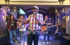 Woyoooo... Pak Djarot Goyang Reggae, Brooooo..... - JPNN.com