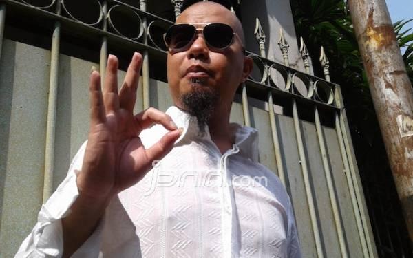 7 Seleb Ini Juga Diduga Menunggak Pajak, Ada Ahmad Dhani - JPNN.com