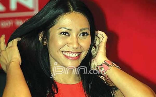 Jadi Artis Pembuka Asian Games 2018, Anggun C Sasmi Terharu - JPNN.com
