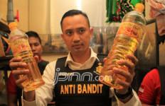 15 Ton Minyak Goreng Disita Polisi - JPNN.com
