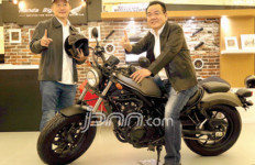 Honda CMX500 Rebel Warna Hitam Kian Laris - JPNN.com