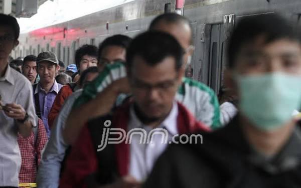 Ini Alasan KAI Lakukan Revitalisasi Penggantian Wesel di Stasiun Gambir & Jakarta Kota - JPNN.com