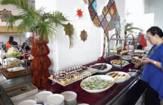 Hindari Makan Berlebihan dan Tidak Sehat Selama Puasa - JPNN.com