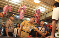 Pastikan Ketersediaan Sembako, Satgas Mafia Pangan Sidak Pasar - JPNN.com