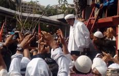 Lima Fakta seputar Isu Kepulangan Habib Rizieq Menurut Munarman - JPNN.com