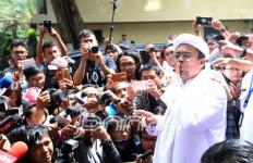 PA 212 Paham Ganjalan Pemulangan Habib Rizieq Bukan Soal Dana - JPNN.com