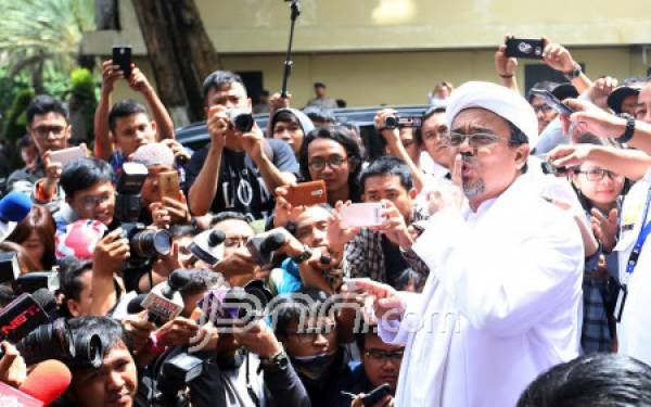 Lieus Sungkharisma Minta Prabowo Tidak Lupakan Habib Rizieq - JPNN.com
