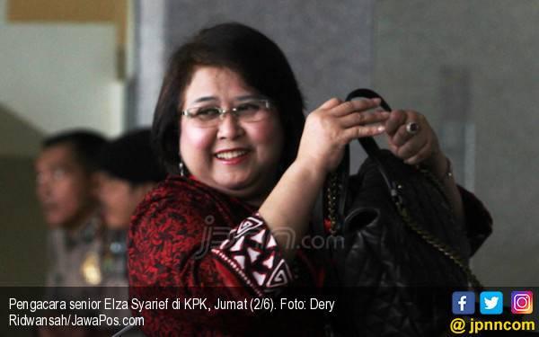 Elza Syarief Mengaku Dirugikan Farhat Abbas Rp 10 M - JPNN.com