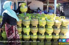 Gas Elpiji 3 Kg Langka, Pedagang Minyak Tanah Panen - JPNN.com