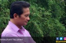 Bapak Honorer K2 Gagal Pertahankan Kursi di Senayan - JPNN.com