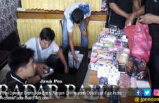 Polisi Bongkar Bisnis Alat Bantu Adegan Dewasa dan Obat Kuat - JPNN.com
