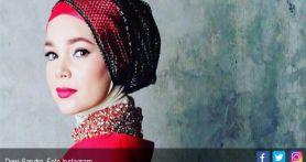 Posting-an Dewi Sandra Sepi, Netizen: Apa Cuma Gue yang Nunggu Kak Dewi Belasungkawa ke Glenn?