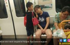 Bocah Ini Bikin Heboh Warganet, Lihat Apa yang Dia Lakukan Untuk Ibunya - JPNN.com