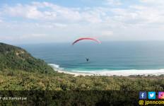 Kejuaraan Paralayang International di Sumbawa Barat Diikuti 14 Negara - JPNN.com