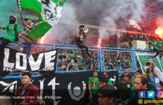 Ternyata Bonek Nyalakan Flare Usai Laga Persebaya vs Arema FC - JPNN.com