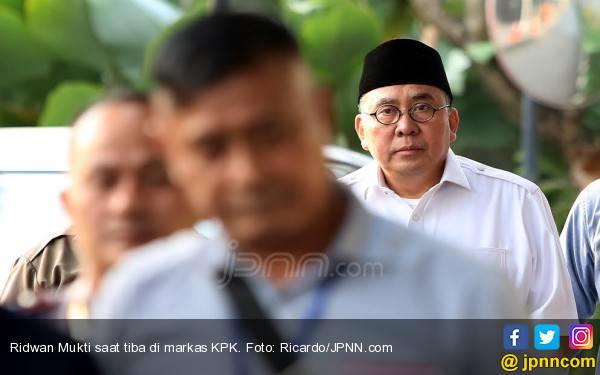 Ridwan Mukti Mundur dari Gubernur Bengkulu, Novanto: Serahkan ke KPK - JPNN.com